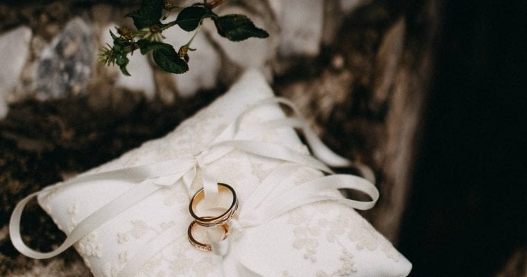 The Top 5 Past Life Marriage Indicators In the Birth Chart: Karmic Astrology Synastry
