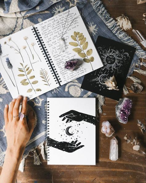 21+ Popular Divination Tools That WORK
